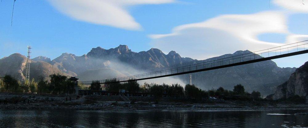 十渡风景区位于北京市房山区西南