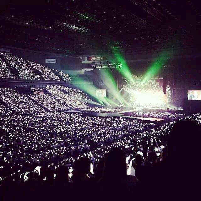 """举办了第一场演唱会""""exo the lost planet""""[1],这次是第二次出现银海图片"""