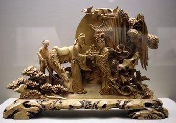 东阳木雕:有着1300多年历史的木雕工艺,因起源于浙江省东阳市而得名.