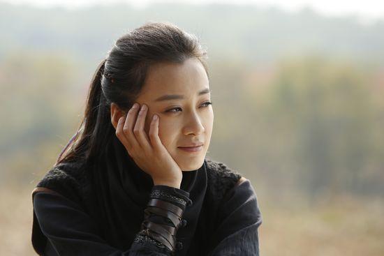 """[6] (新浪网 评) 现实生活中的徐翠翠与《奋斗》中的北漂女孩""""露露""""很"""