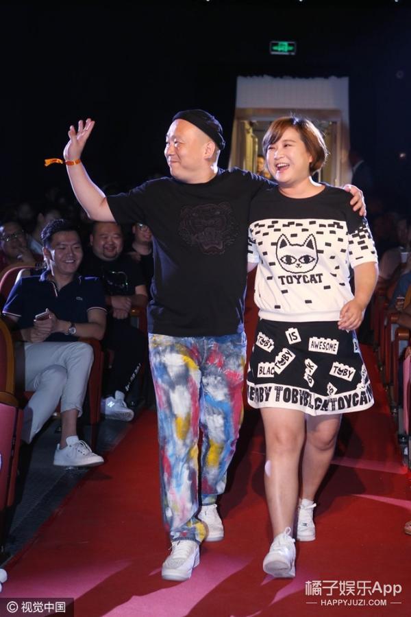 刘亦菲、白百何不论是穿了正装或是休闲装,都比主角要显眼?!