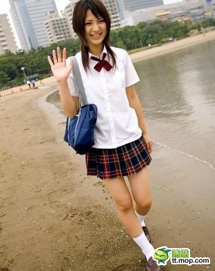 日本女生校服