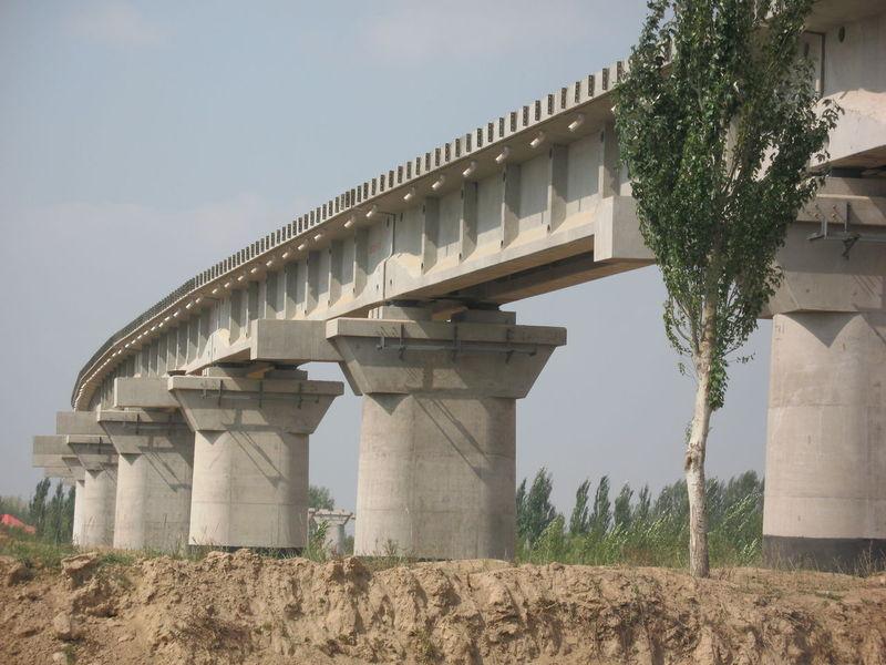 铁路桥梁下部结构加固图片