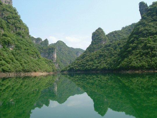 舞阳河风景名胜区是舞阳河西起黄平旧州东至镇远