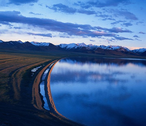 湖盆为塔里木盆地最低处