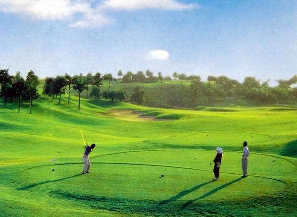 青岛石老人高尔夫球场